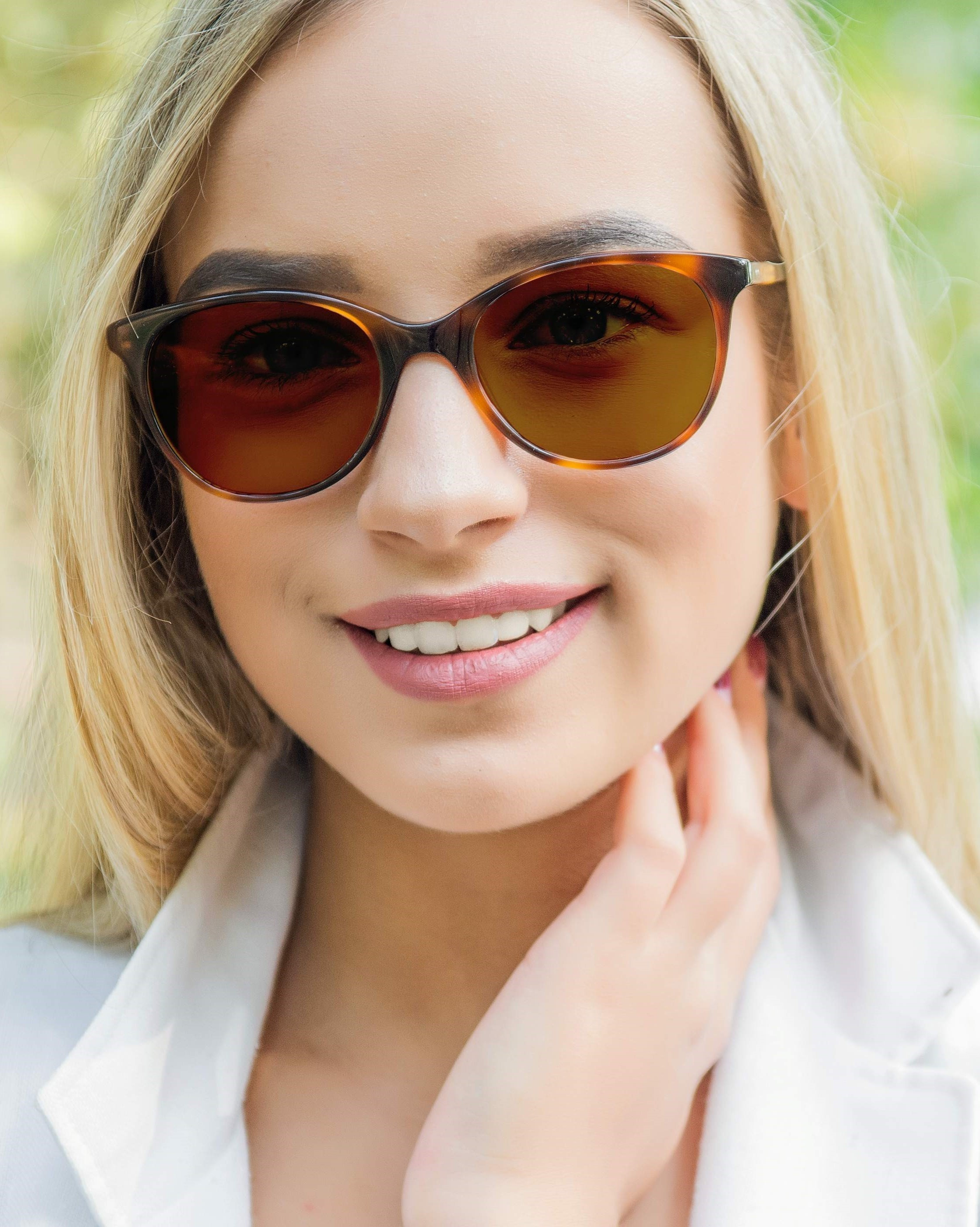 Kodak with Transitions®  Light Intelligent Lenses™ adapt to varying light conditions and are one of the best everyday lenses for active lifestyles.