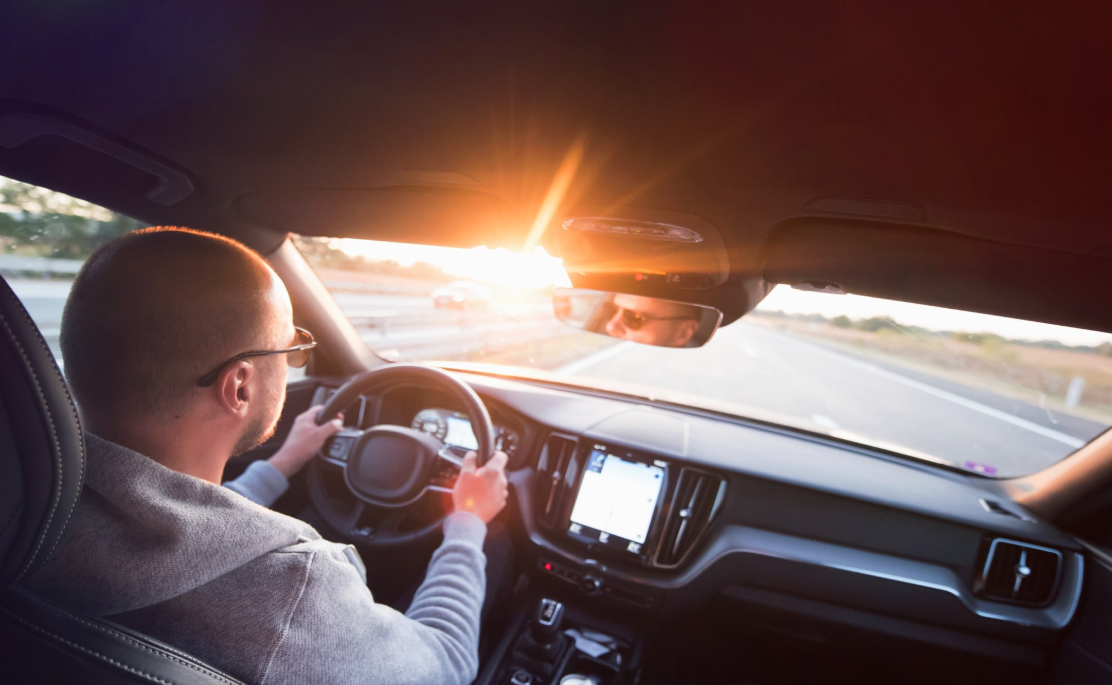 KODAK Polarized Lenses are also great for drivers, as well as cyclists and other sports enthusiasts who have to deal with outdoor light conditions